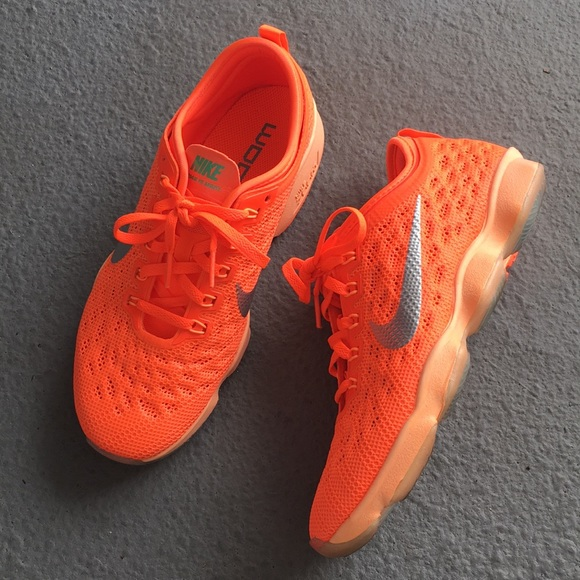 Zapatillas Fit De Entrenamiento Nike Zoom Fit Zapatillas Agilidad En Orange Poshmark 65bfec